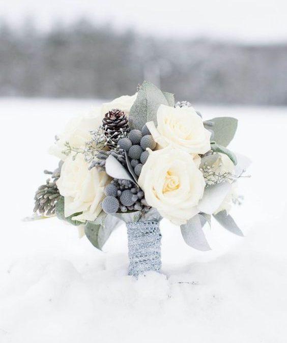 Buchete de mireasă pentru nunțile de iarnă