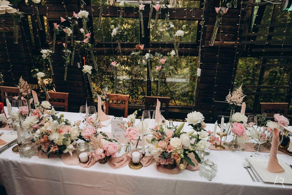 Decor romantic, nunta romantica, Joyful Colors